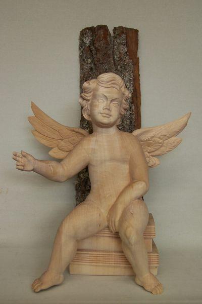 Engel sitzend natur