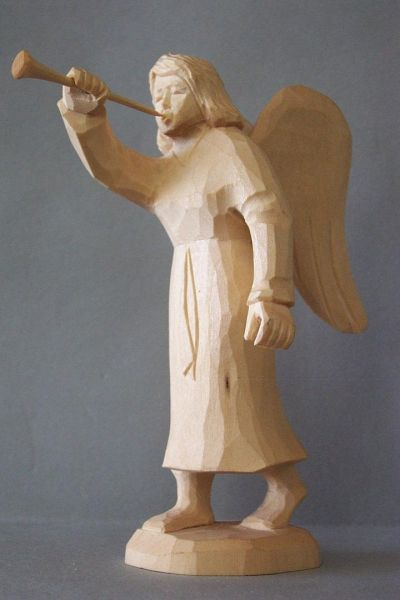 Engel mit Posaune, Kinderkrippe Linde natur