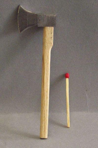 Axt Holz / Eisen
