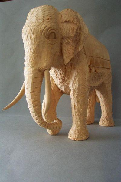Elefant 2 mit Decke, Weymoutskiefer natur