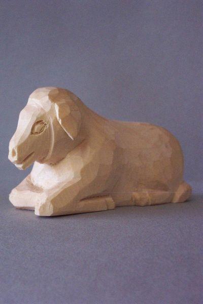 Schaf liegend, Kinderkrippe Linde natur