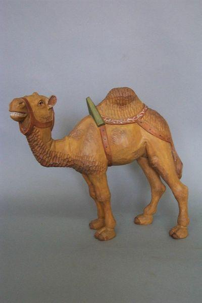 Kamel stehend mit Sattel und Zaumzeug, Linde detailliert lasiert