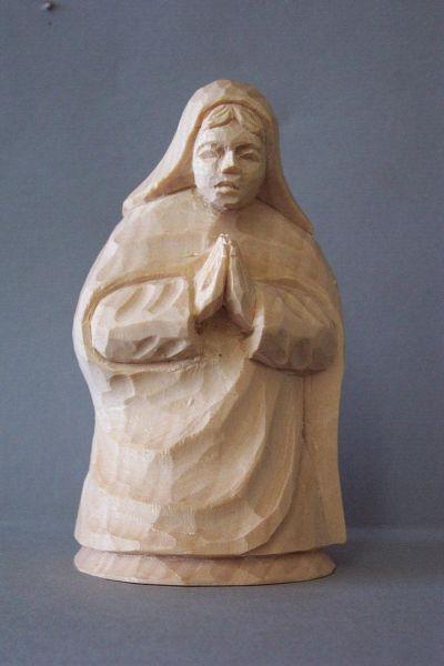Maria kniend, Kinderkrippe Linde natur