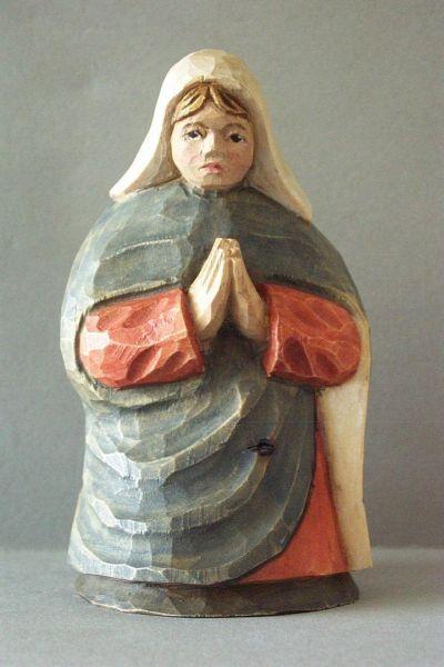Maria kniend, Kinderkrippe Linde lasiert