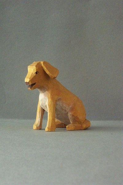 Hund, Kinderkrippe Linde lasiert