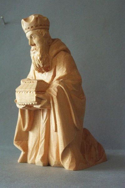 König 1 Melchior kniend, Weymouthskiefer natur
