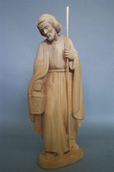 Josef stehend, Linde natur
