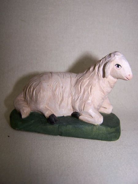 Schaf liegend Lindenholz lasiert