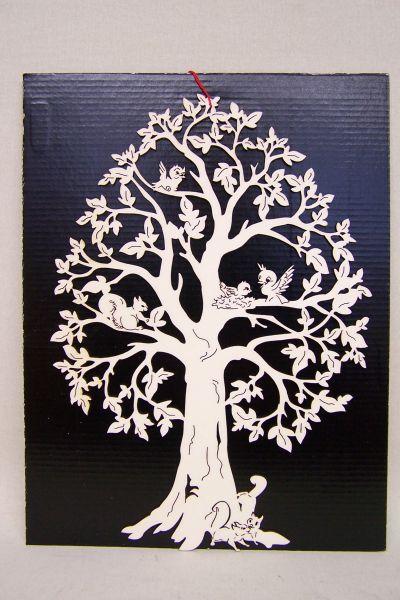 Baum mit Vögel & Eichhörnchen