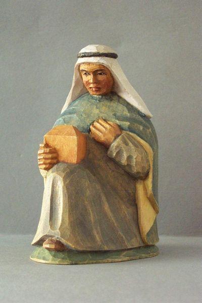 König 1 Melchior kniend, Kinderkrippe Linde lasiert