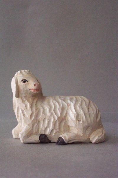 Schaf 3 liegend, Weymouthskiefer lasiert